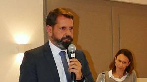 Umweltminister Olaf Lies, Anwohner und Experten diskutieren über den Wolf